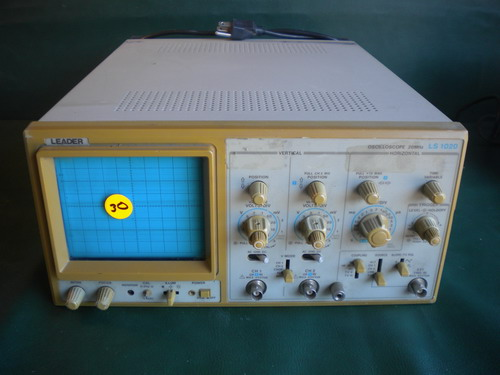 Over 500 Lots of Surplus Test Equipment Oscillosc...